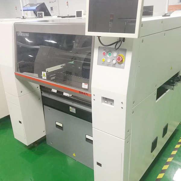 SAMSUNG SM471 PICK AND PLACE MACHINE2